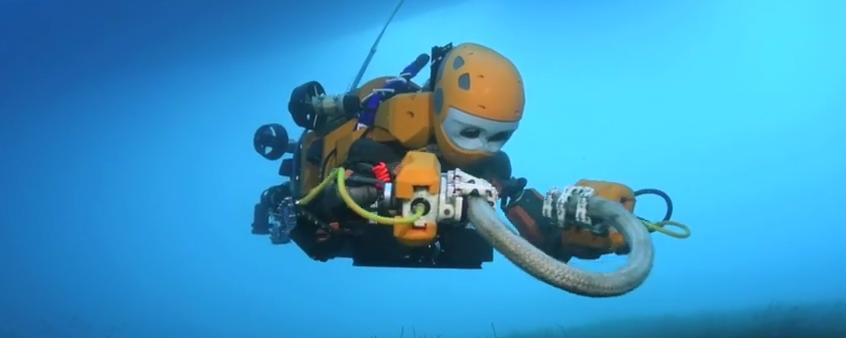Dron imitujący nurka | Źródło: YouTube/Stanford: https://www.youtube.com/watch?v=p1HmgP9l4VY