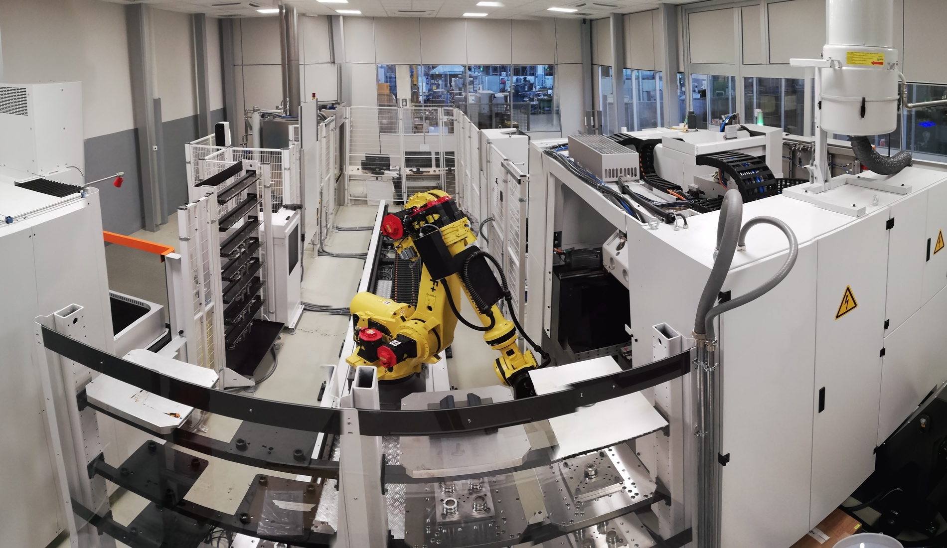 Nowe Zautomatyzowane Centrum Produkcji Form we włoskiej fabryce Elesy